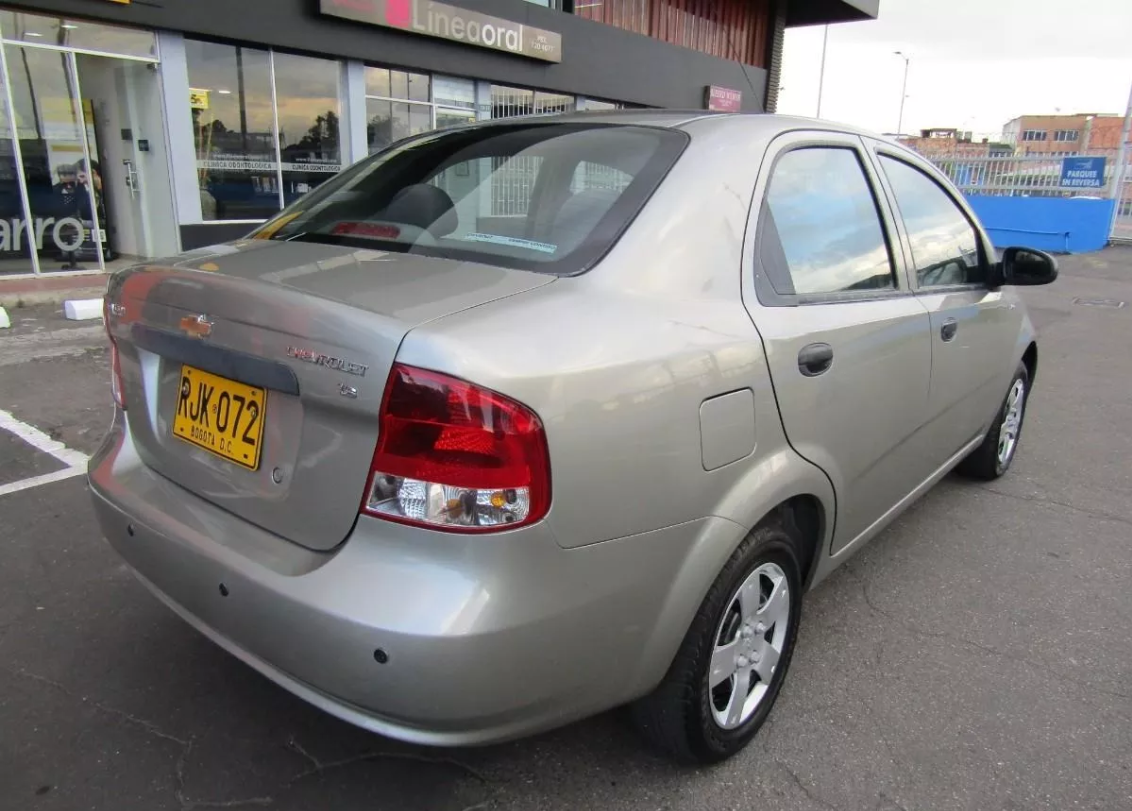 Screenshot_2019-10-25 Chevrolet Aveo Sd 1600 - $ 17 800 000(4)