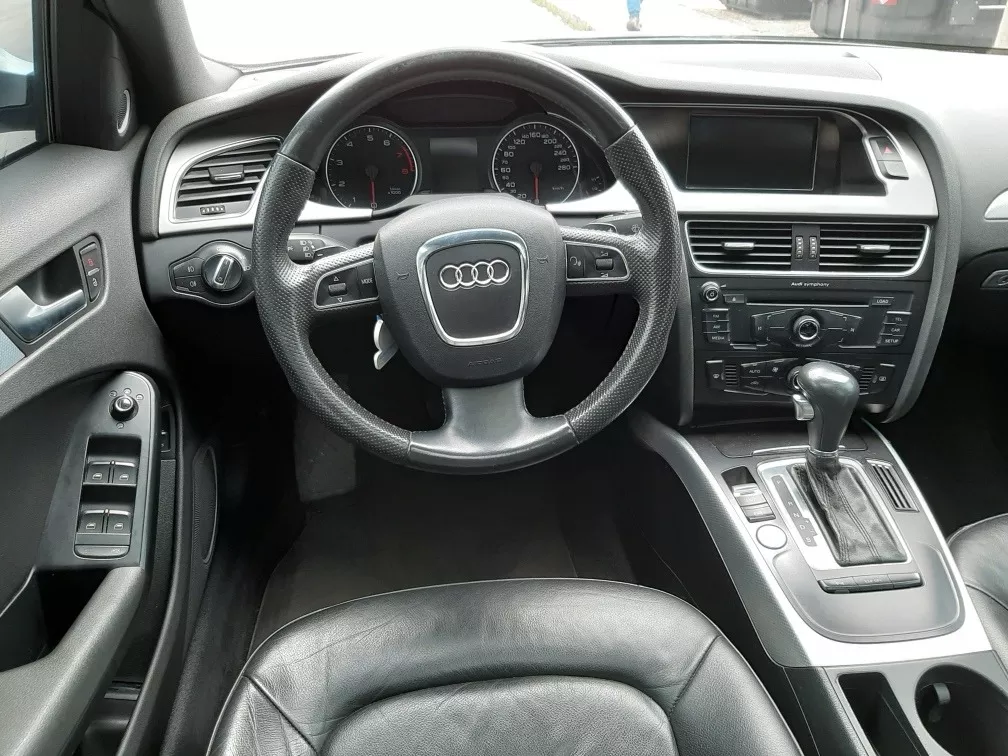 Screenshot_2019-11-26 Audi A4 Luxury 1 8t Mult - $ 38 500 000(3)