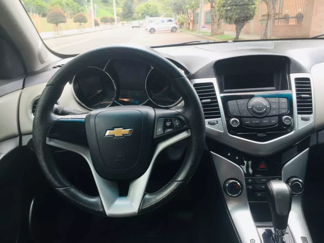 Screenshot_2019-11-04 Chevrolet Cruze Platinum 2012 - $ 24 990 000(1)