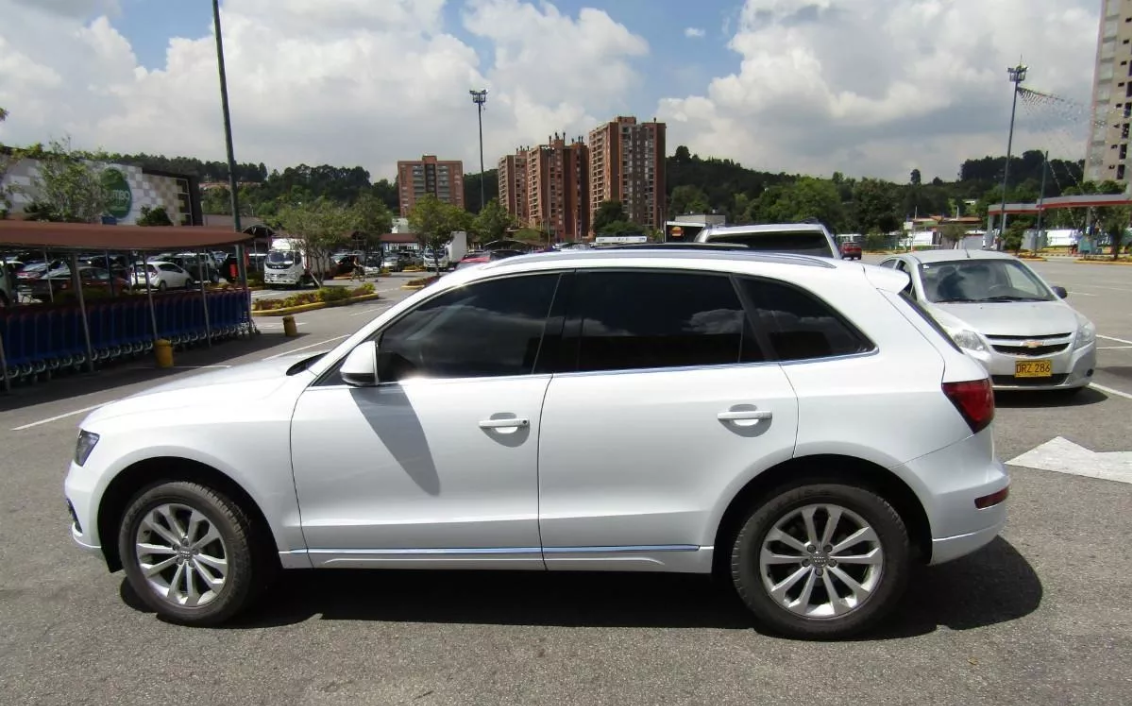 Screenshot_2019-11-28 Audi Q5 Tp 2000cc Td Aa Ct 4x4 - $ 54 800 000(3)