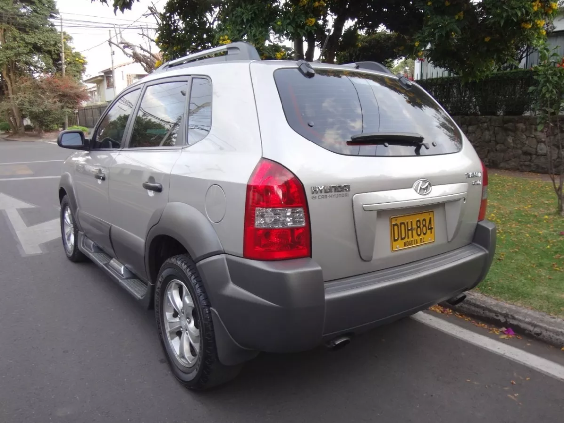 Screenshot_2019-11-26 Hyundai Tucson Mt 2000 Cc 4x2 - $ 31 500 000(3)
