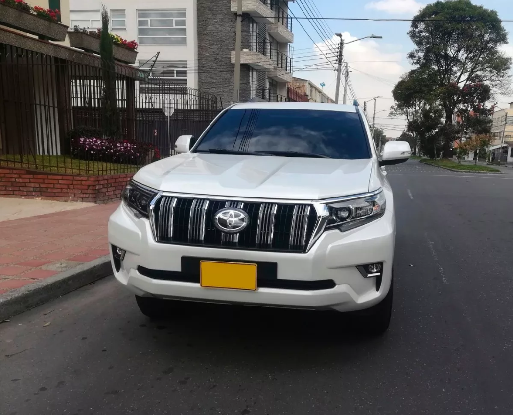 Screenshot_2019-12-20 Vendo Camioneta Pradro Txl 2019 - $ 172 500 000(3)