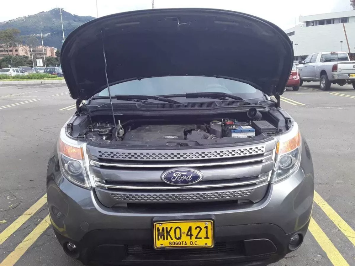 Screenshot_2020-01-11 Ford Explorer Limited 4x4 7 Puestos - $ 60 000 000(6)