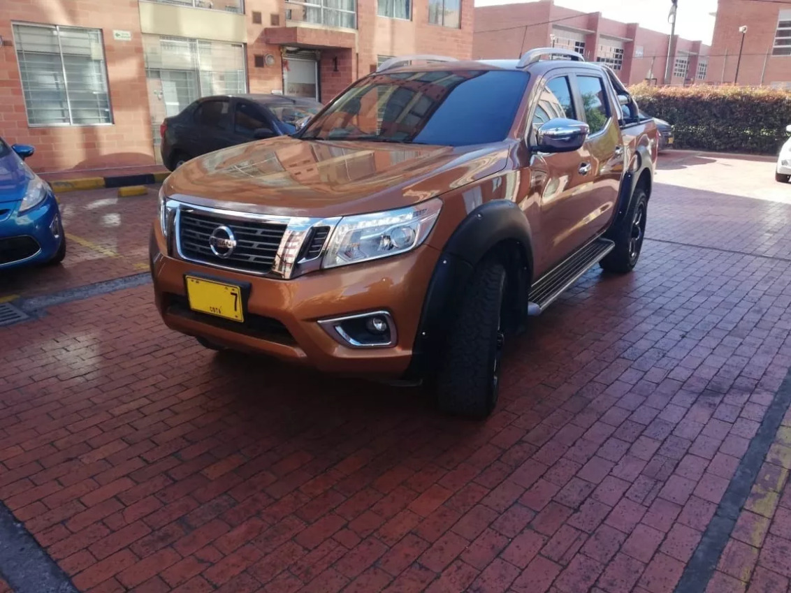 Screenshot_2020-02-03 Nissan Frontier Np300 2 5cc Aa At 4x4 Td Fe - $ 95 000 000