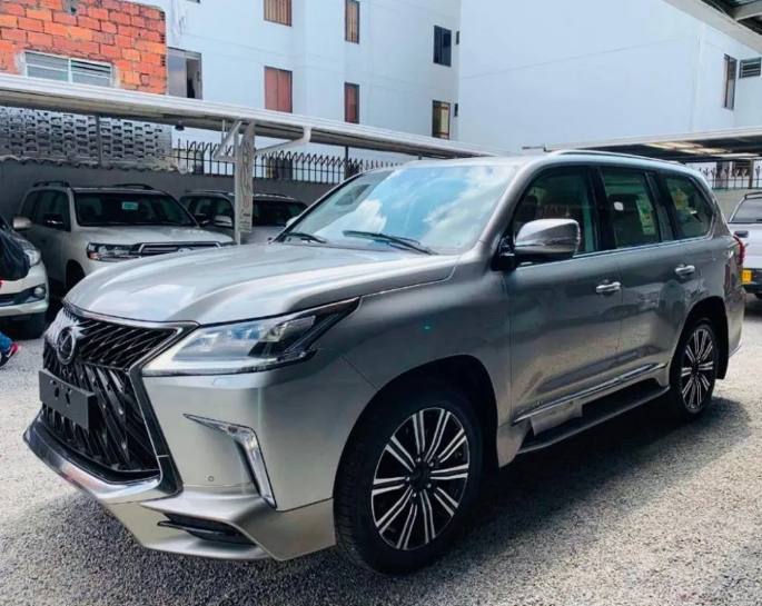 Screenshot_2020-05-13 Lexus Lx570 Super Sport 2017 V8 5 7l - $ 530 000 000