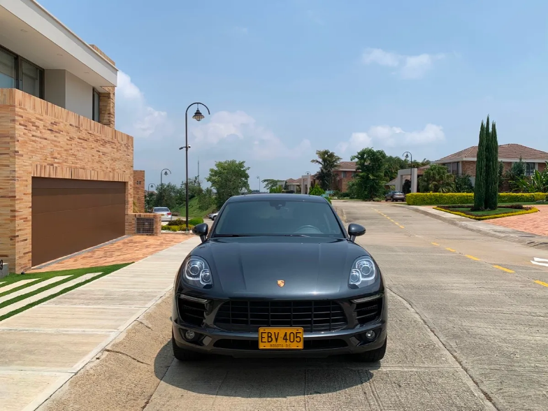 Screenshot_2020-05-15 Porsche Macan S 2018 - $ 290 000 000(1)